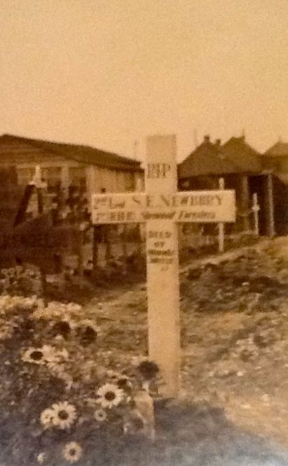 sidney-newbury-wooden-cross