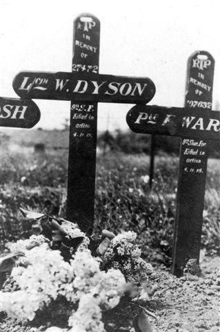 W Dyson original grave marker